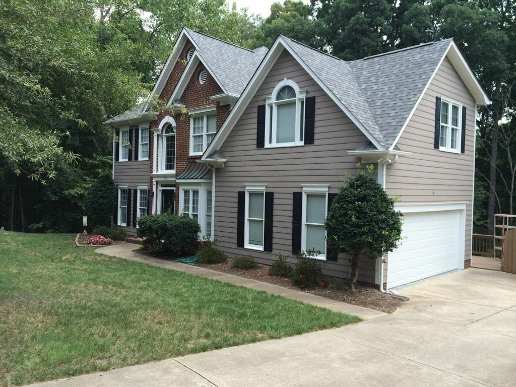 awesome home exterior design with horizontal hardie plank siding in beige with white trim board and single hung window ideas