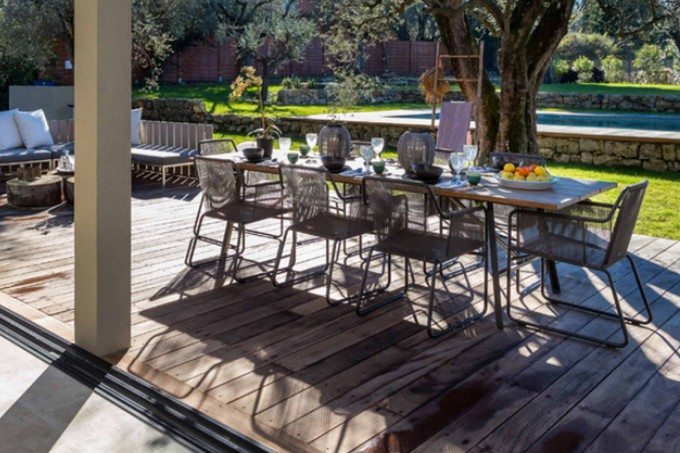 Chic Dining Table Set By Eurway Furniture On Wooden Floor For Outdoor Dining Ideas