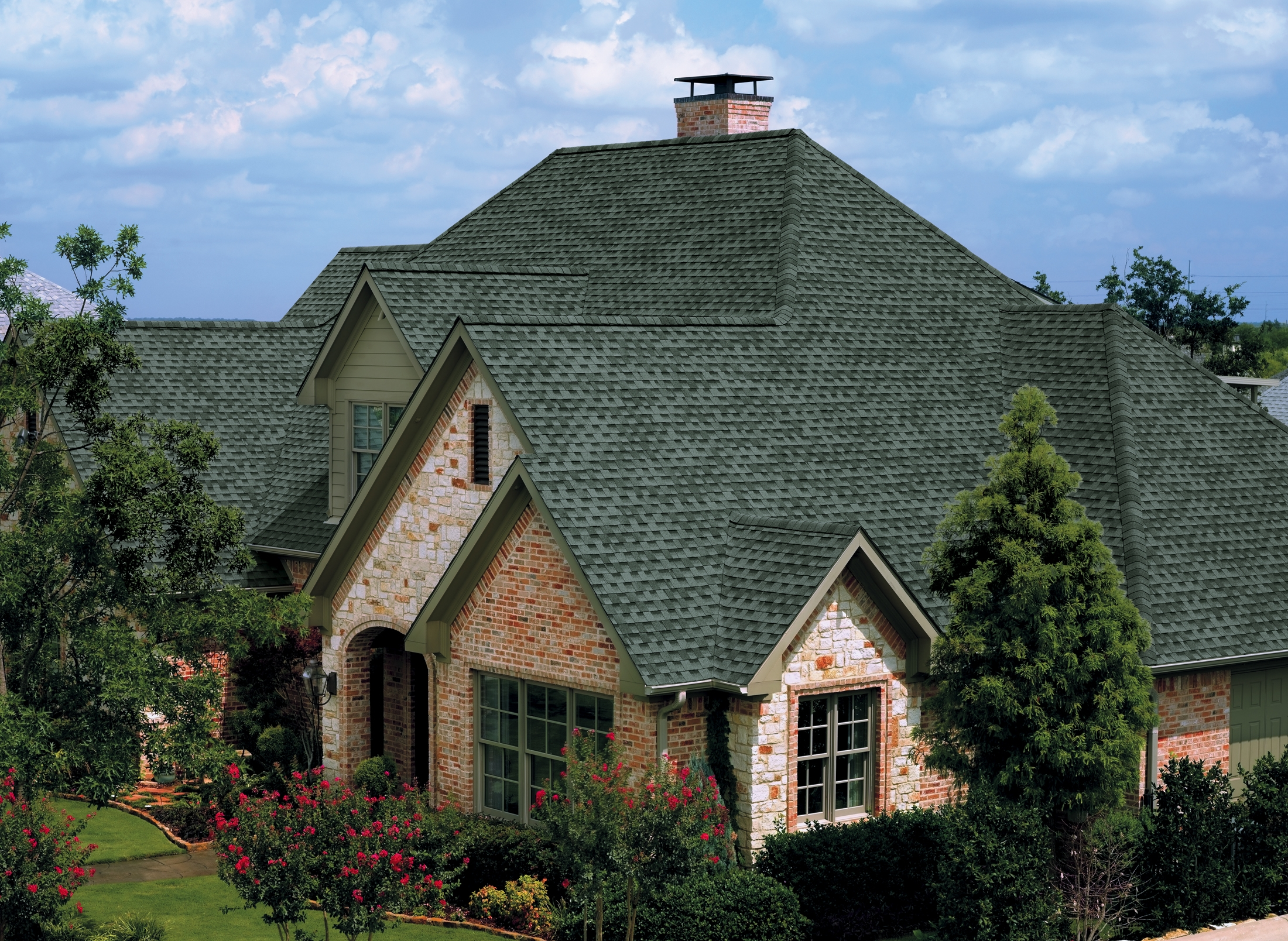 Chic Gaf Timberline Hd In Gray Matched With Brick Siding And Single Hung Windows For Home Exterior Design Ideas