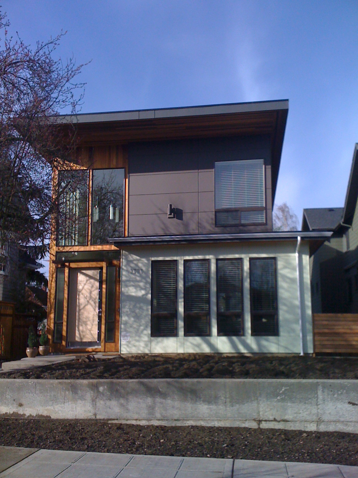 inspiring home exterior design with hardie plank siding and glass door plus wooden door ideas