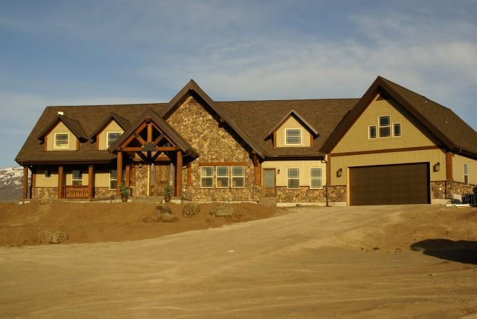 Inspiring Home Exterior Design With Natural Stone Hardie And Plank Siding Plus Glass Window Ideas