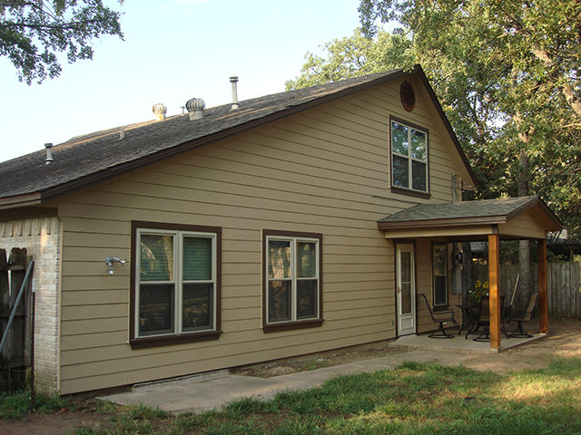 inspiring vintage house exterior design with horizontal hardie plank siding in cream with brown trim board window and white wooden ideas