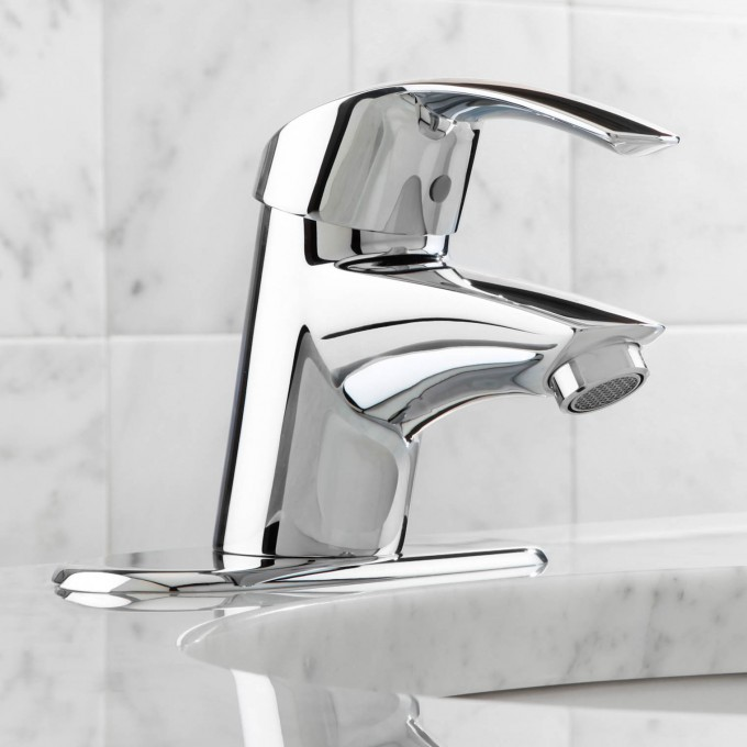 Awesome 32 709001 Eurosmart Single Handle Centerset Bathroom Faucet By Grohe Faucets For Bathroom Furniture Ideas