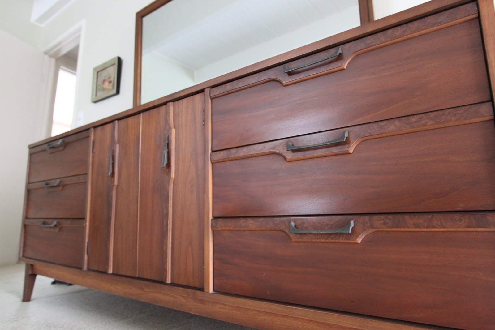 Awesome Brown Wooden Dresser With Dark Handle And Mirror By Broyhill Furniture For Home Furniture Ideas