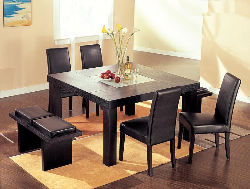 Awesome Dining Table Set In Black Theme By Broyhill Furniture On Wooden  Floor With Rug For