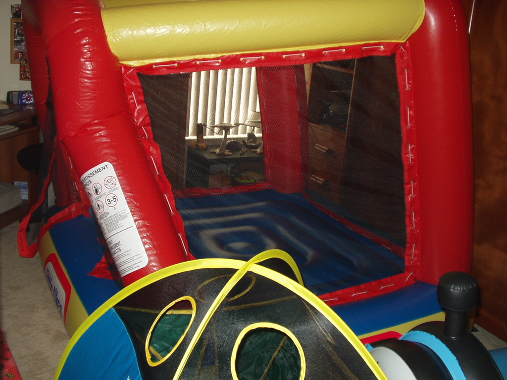 Fancy Little Tikes Bounce House For Play Yard Ideas: Awesome Little Tikes Bounce House Made Of Caoutchouc For Kids Play Room Ideas