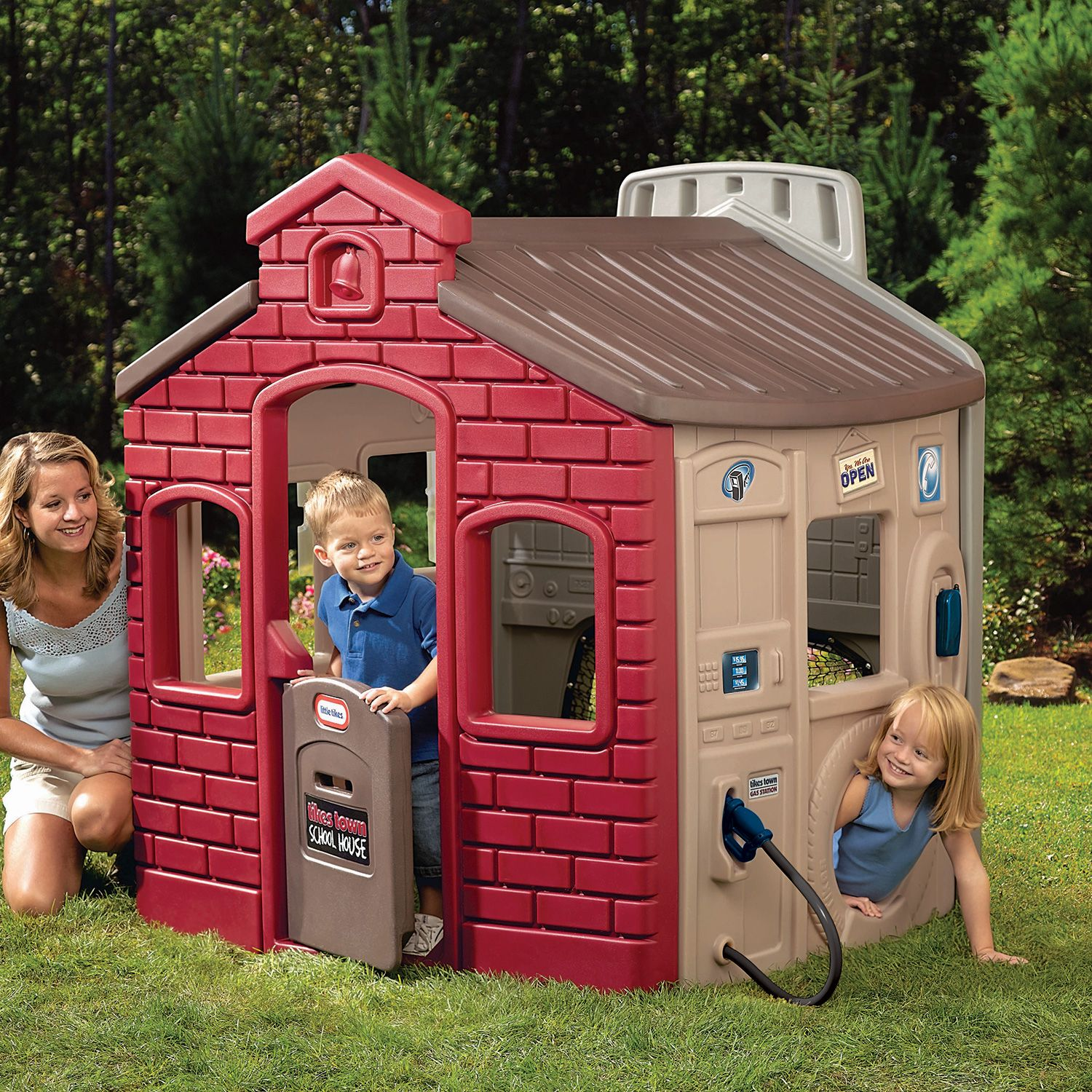 Decorating Awesome Little Tikes Playhouse Made Plastic For
