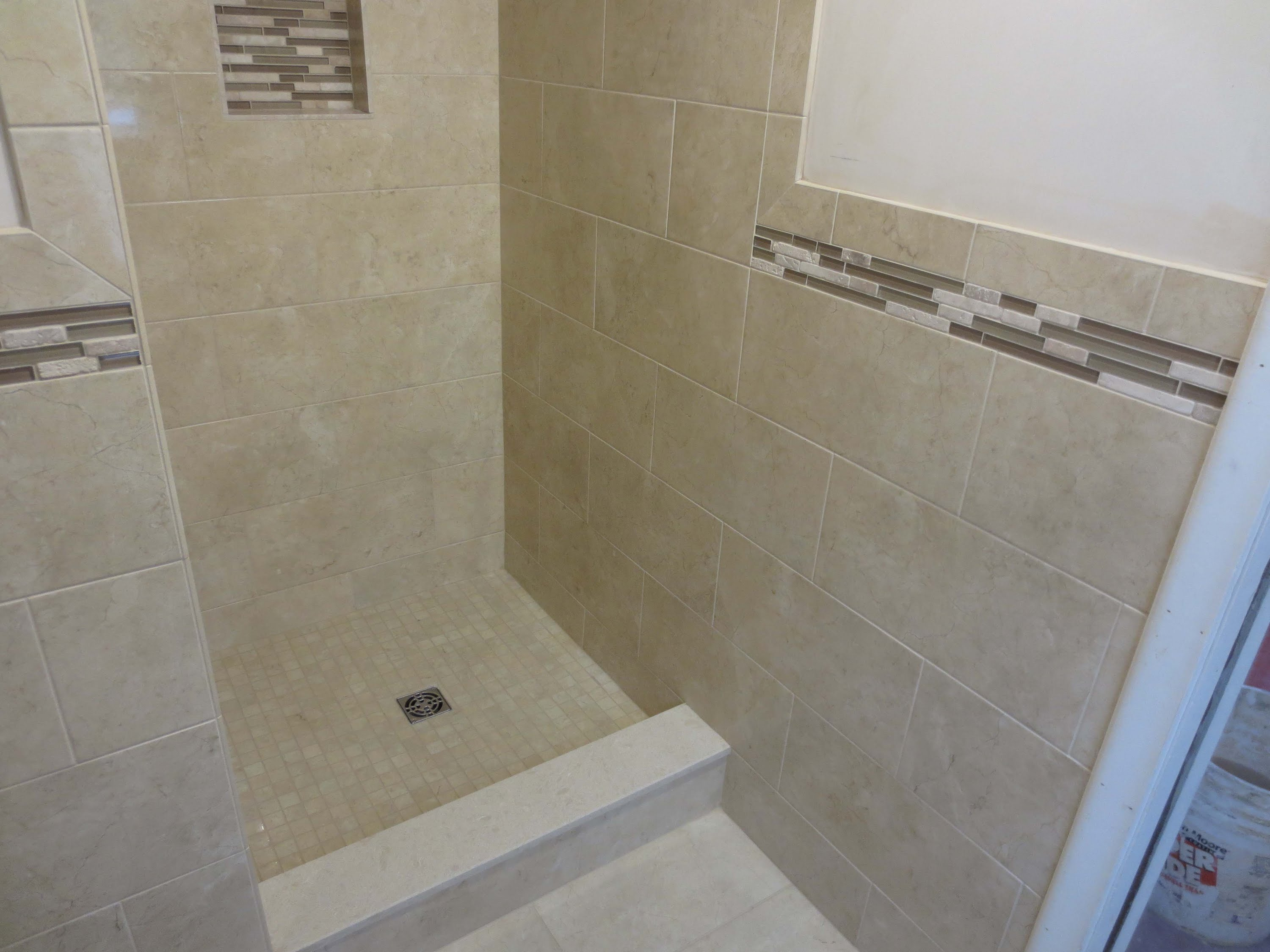Decorating ceramic tile shower stall with schluter strip for awesome shower stall design with tile wall and flooring with schluter strip ideas dailygadgetfo Gallery