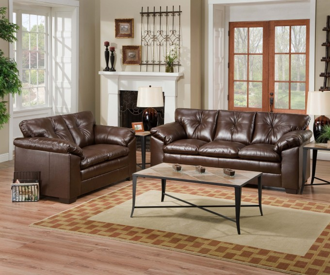Charming Dark Brown Leather Sofa Set By Broyhill Furniture On Wooden Floor With Checked Rug For Living Room Decor Ideas