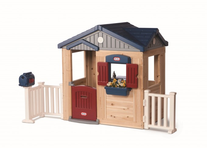 Charming Little Tikes Playhouse Made Of Plastic With Blue Roof And Cream Siding For Chic Playground Decor Ideas