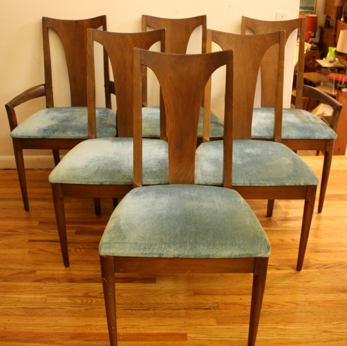 Charming Wooden Dining Chairs With Olive Seat By Broyhill Furniture For Dining Room Furniture Ideas