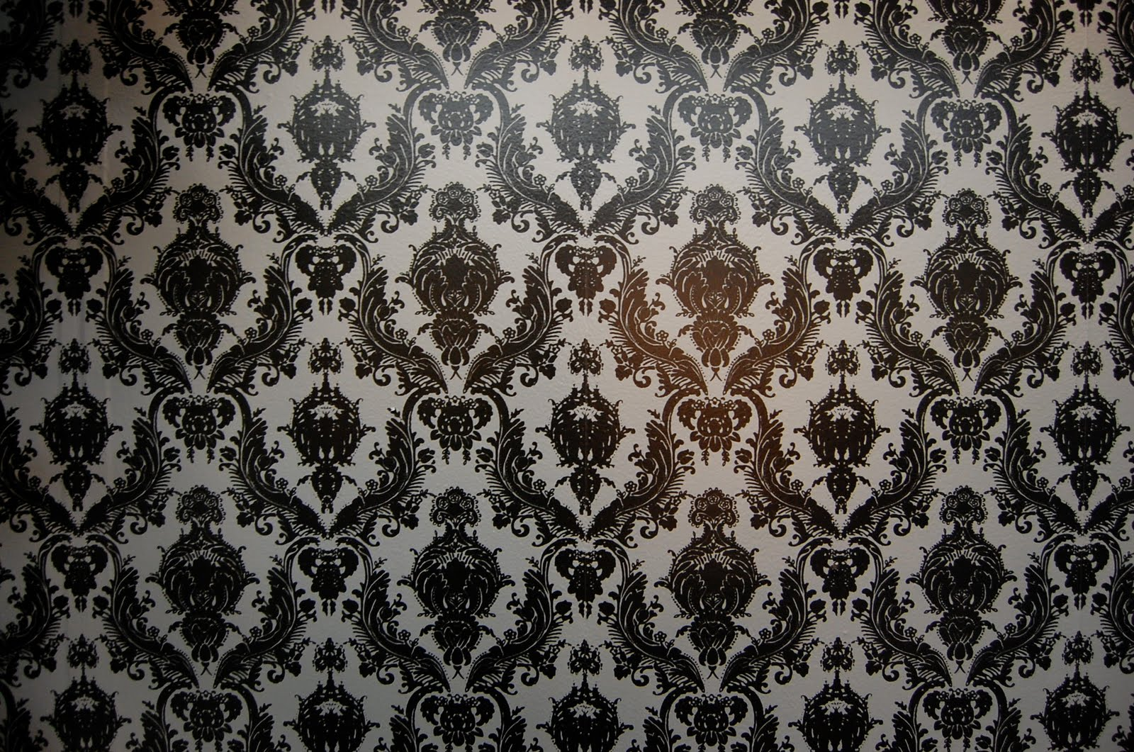 chic Chateau and Bungalow tempaper wallpaper for wall decor ideas