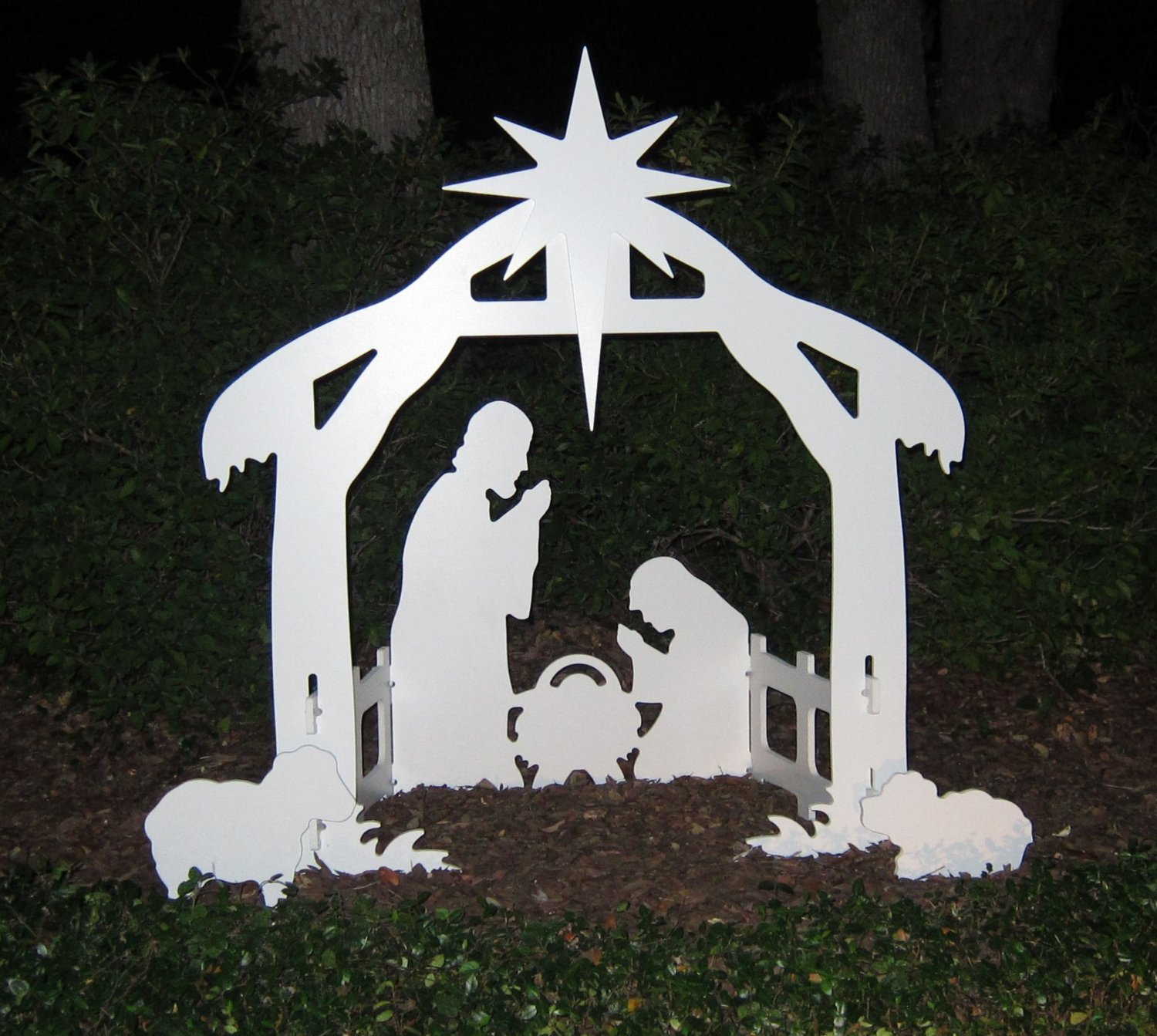 chic nativity sets in white theme for christmas decoration ideas