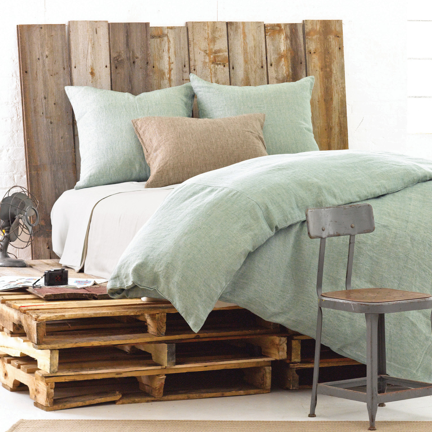 chic pine cone hill Chambray Linen Ocean Duvet Cover in green for bed ideas