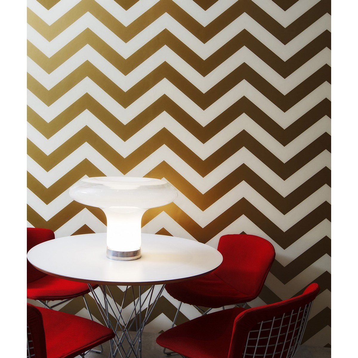chic ZEE Gold tempaper wallpaper in chevron design for inspiring wall decor ideas
