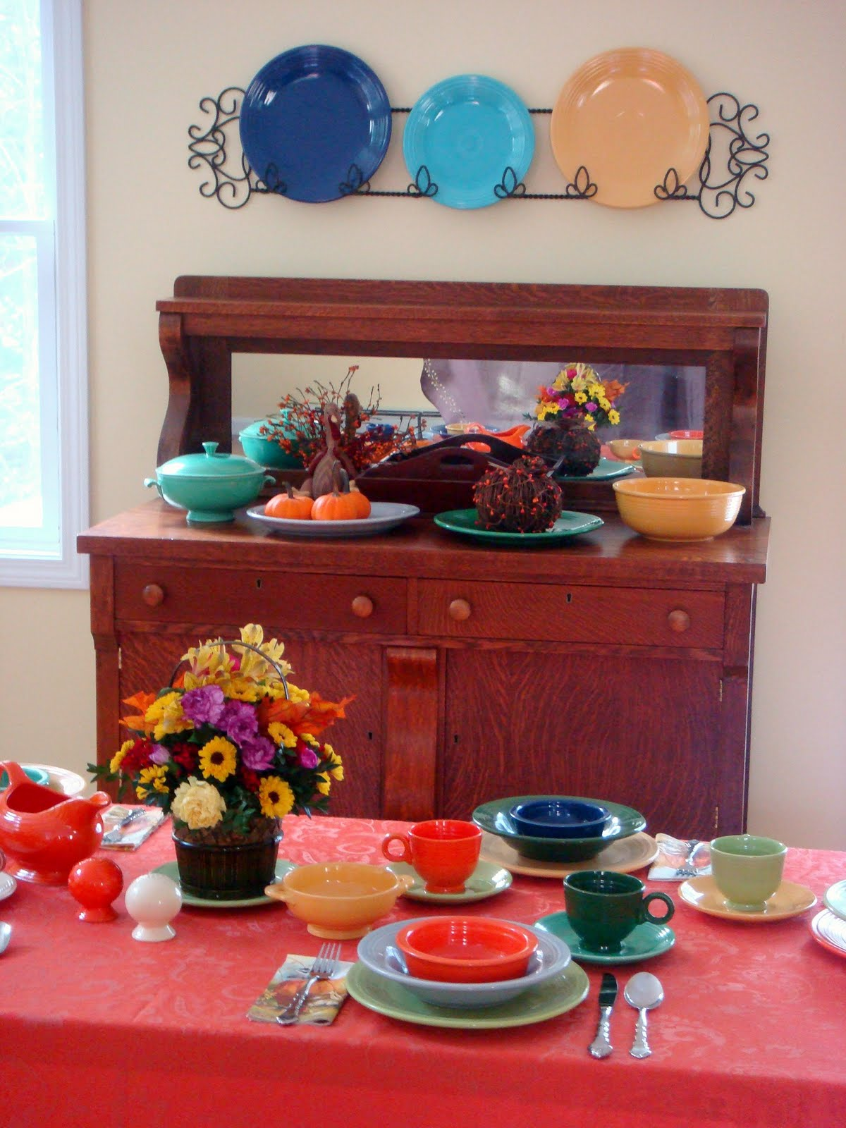 Awesome Collections Of Fiestaware For Dinnerware Ideas: Crafty Woman Fiestaware Thanksgiving Table Setting For Dinner Idesa