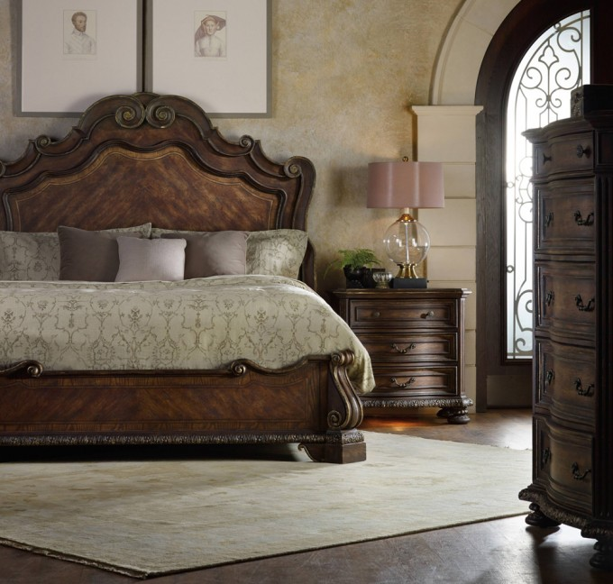 Lovely Brown Bed By Broyhill Furniture With Elegant Bedding On Wooden Floor With Rug For Modern Bedroom Decor Ideas
