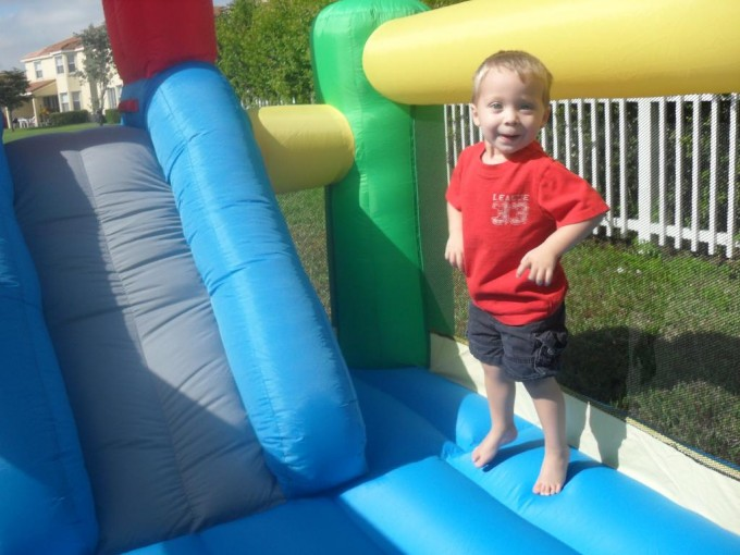 Lovely Little Tikes Bounce House Made Of Caoutchouc With Slide For Play Yard Ideas