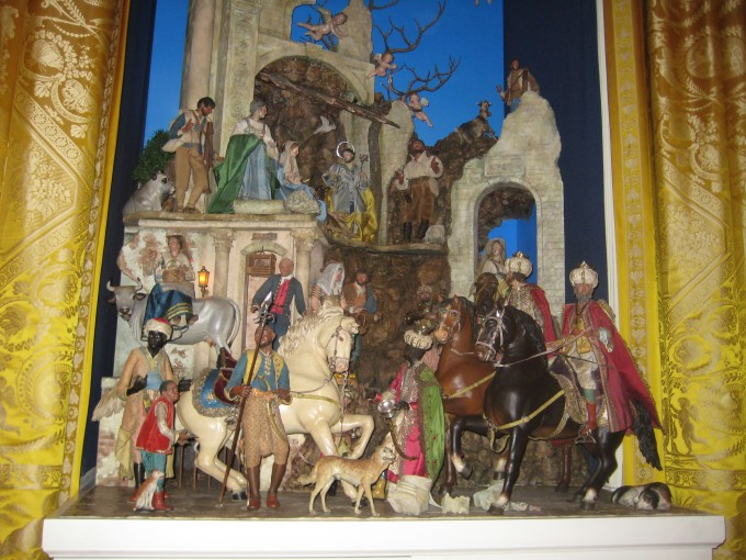 Lovely Nativity Sets With Horses For Christmas Decoration Ideas