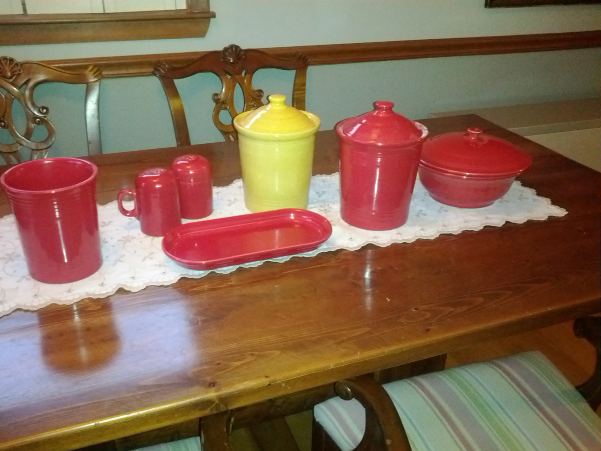 Lovely Serveware By Fiestaware In Red And Yellow Theme For Table Setting Ideas