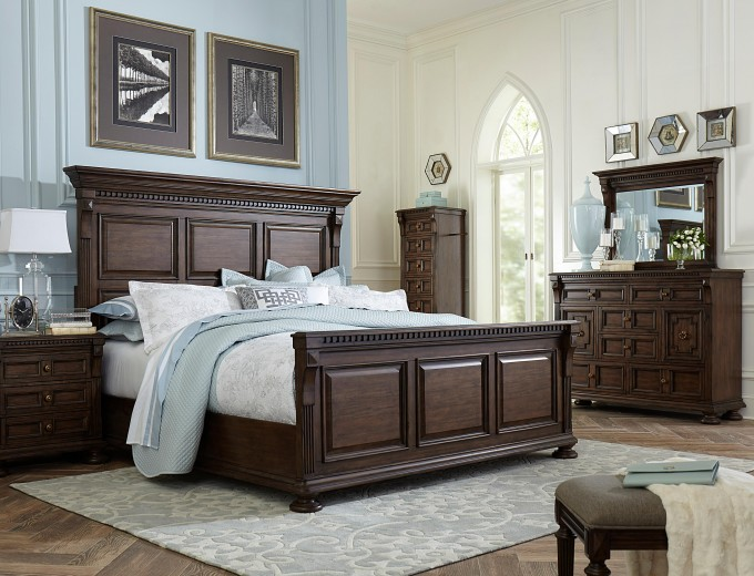 Lyla Bed 4912 By Broyhill Furniture With Blue Bedding On Wooden Floor With Gray Rug For Bedroom Decor Ideas