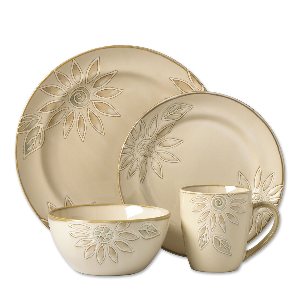 Pfaltzgraff Daisy Chain Dinnerware set for lovely dinnerware ideas