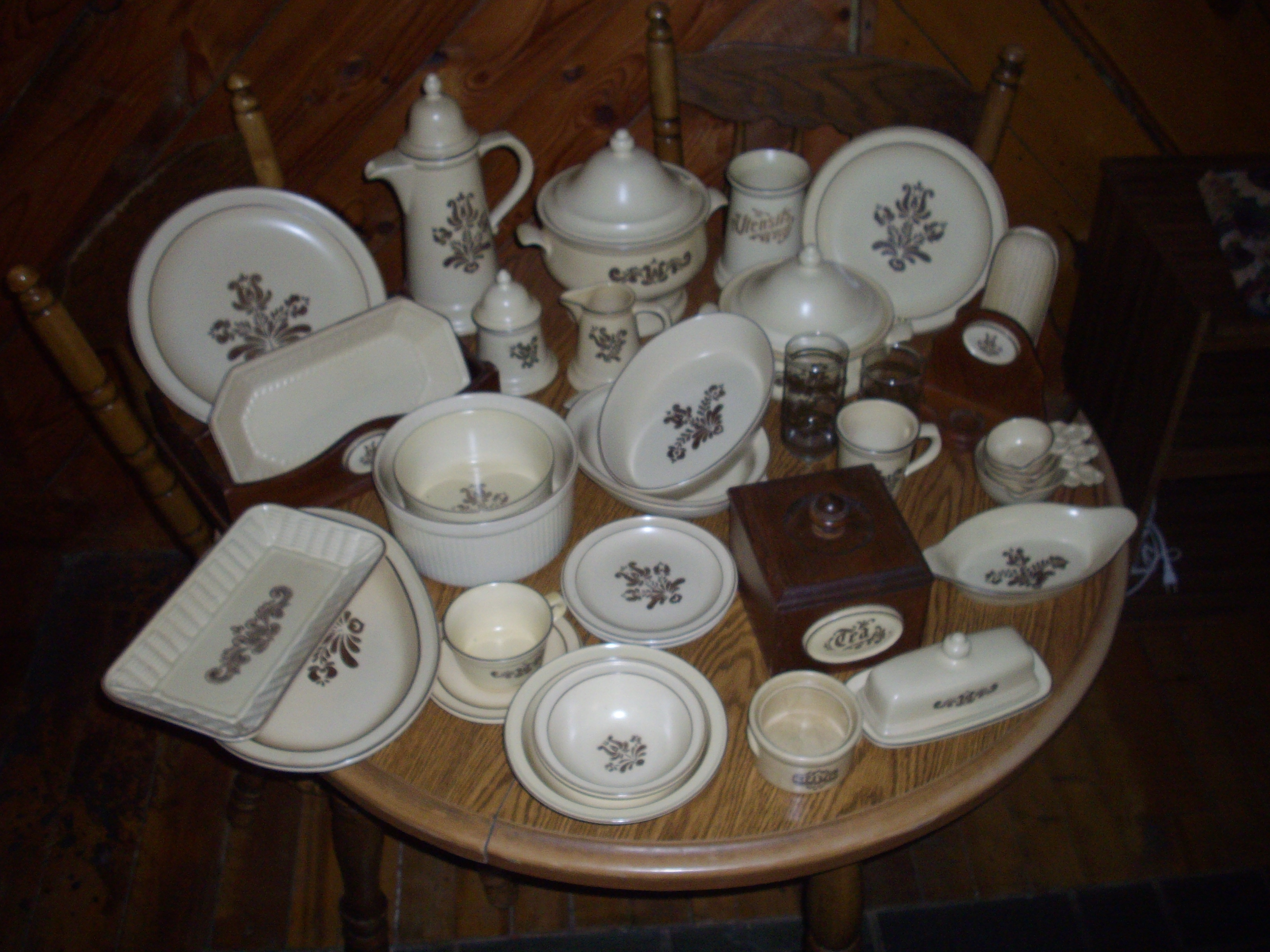 Pfaltzgraff Village Pattern Dishware For Sale