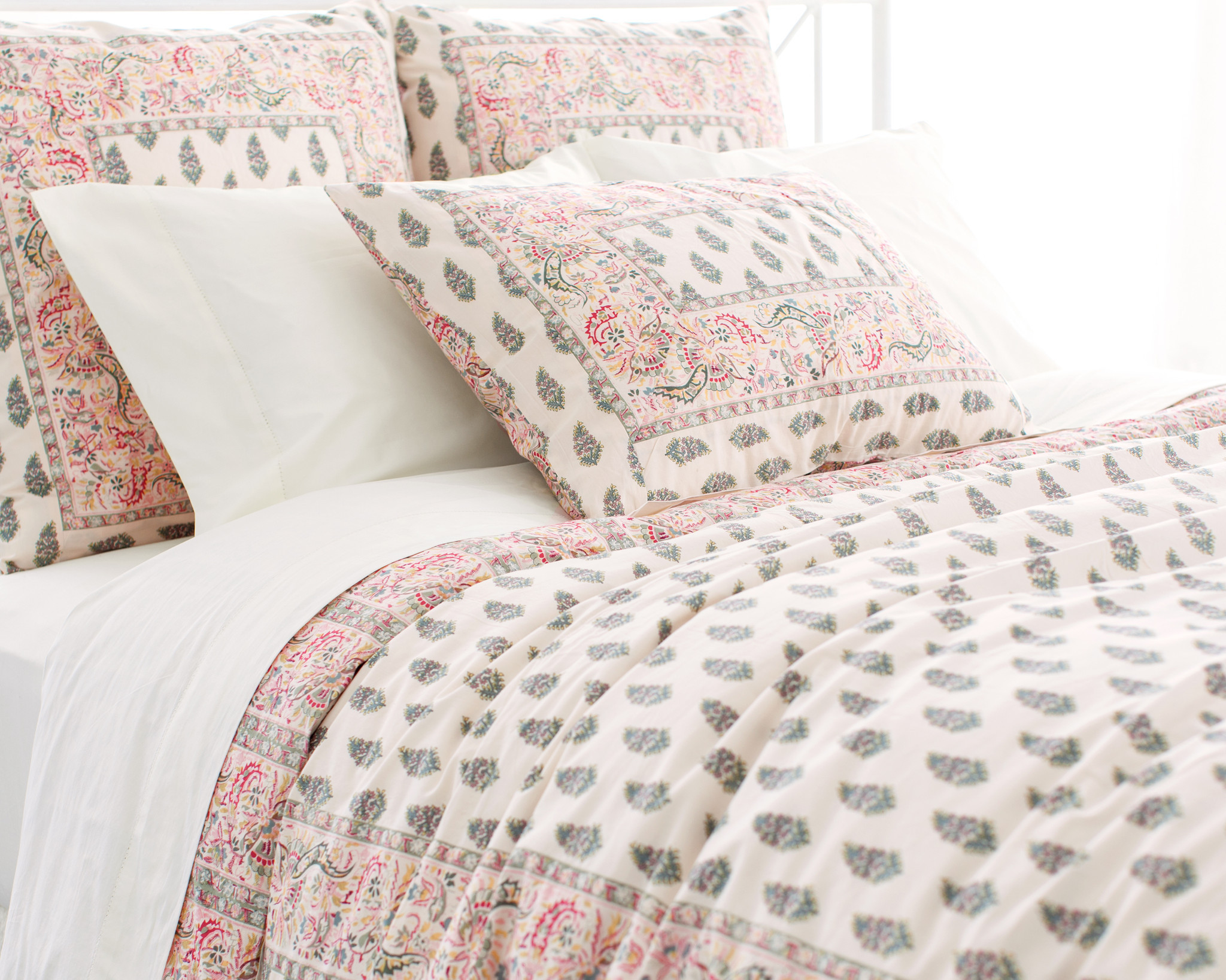 Pine Cone Hill Luxury Bedding Linens in unique pattern for lovely bed ideas
