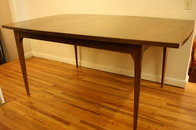 Pretty Brown Wooden Dining Table By Broyhill Furniture For Dining Room Furniture Ideas