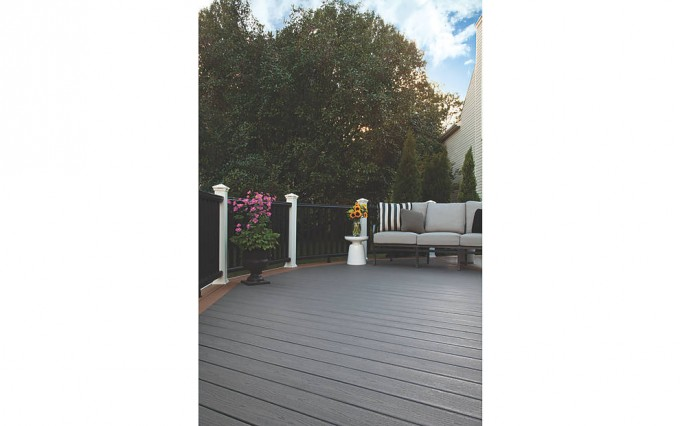 Pretty Decking IN CLAM SHELL AND BEACH DUNE With Railing In Classic White And Charcoal Black Plus Cute Sofa For Standard Trex Decking Cost Ideas