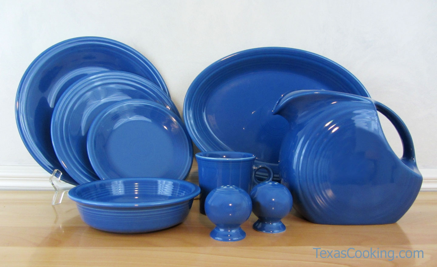 wonderful fiestaware Dinnerware set in blue theme for dinnerware ideas