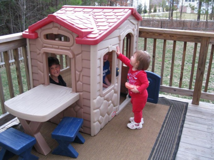 Wonderful Little Tikes Playhouse In Cream With Red Roof And Desk For Playground Decor Ideas