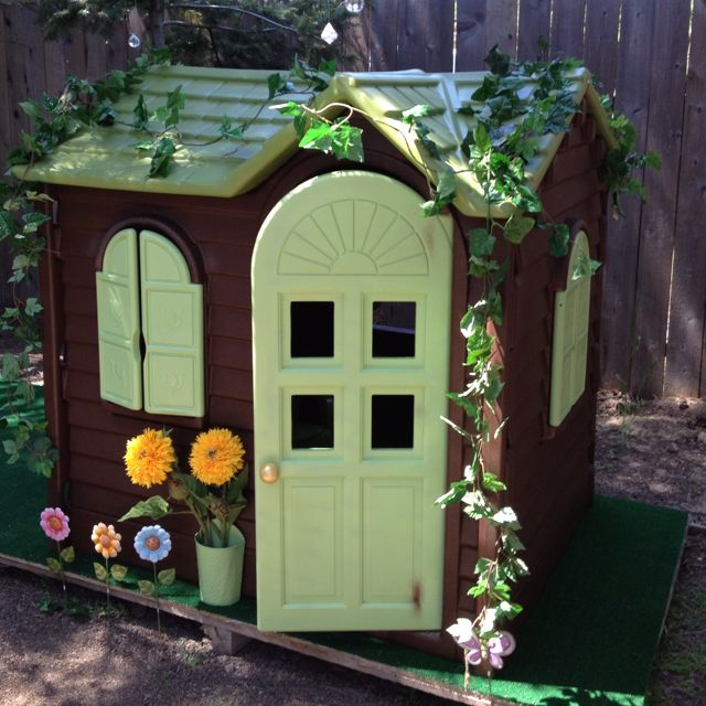 Wonderful Little Tikes Playhouse Made Of Plastic In Green And Brown Theme For Chic Playground Ideas