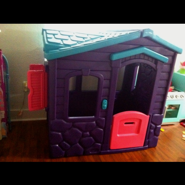 Wonderful Little Tikes Playhouse Made Of Plastic In Purple And Blue Theme For Nursery Decor Ideas
