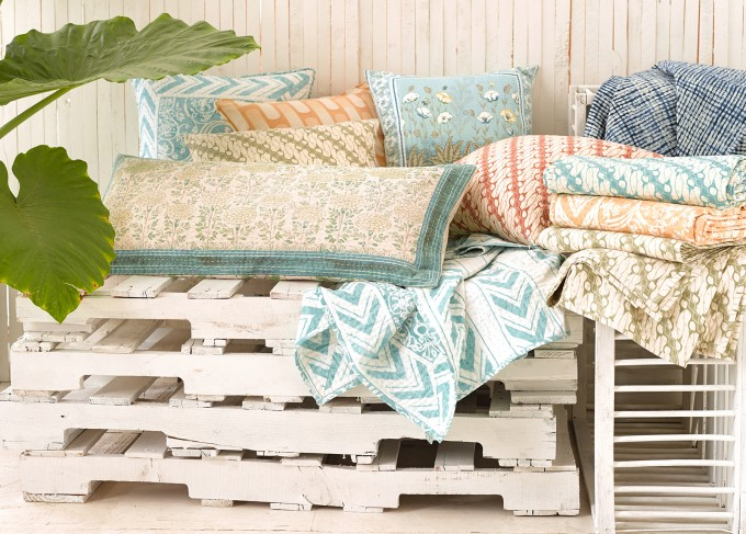 Wonderful Pine Cone Hill Williams Blue Coral Pillows Throws For Bed Ideas